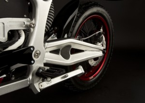 2011_zero-ds_detail_swingarm_1680x1200_press